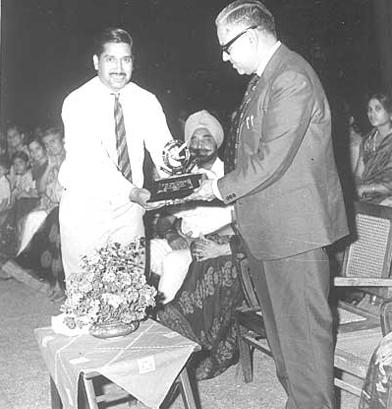 Headmaster Kate's Farewell, Mr. Kate and Mr. YP Johri